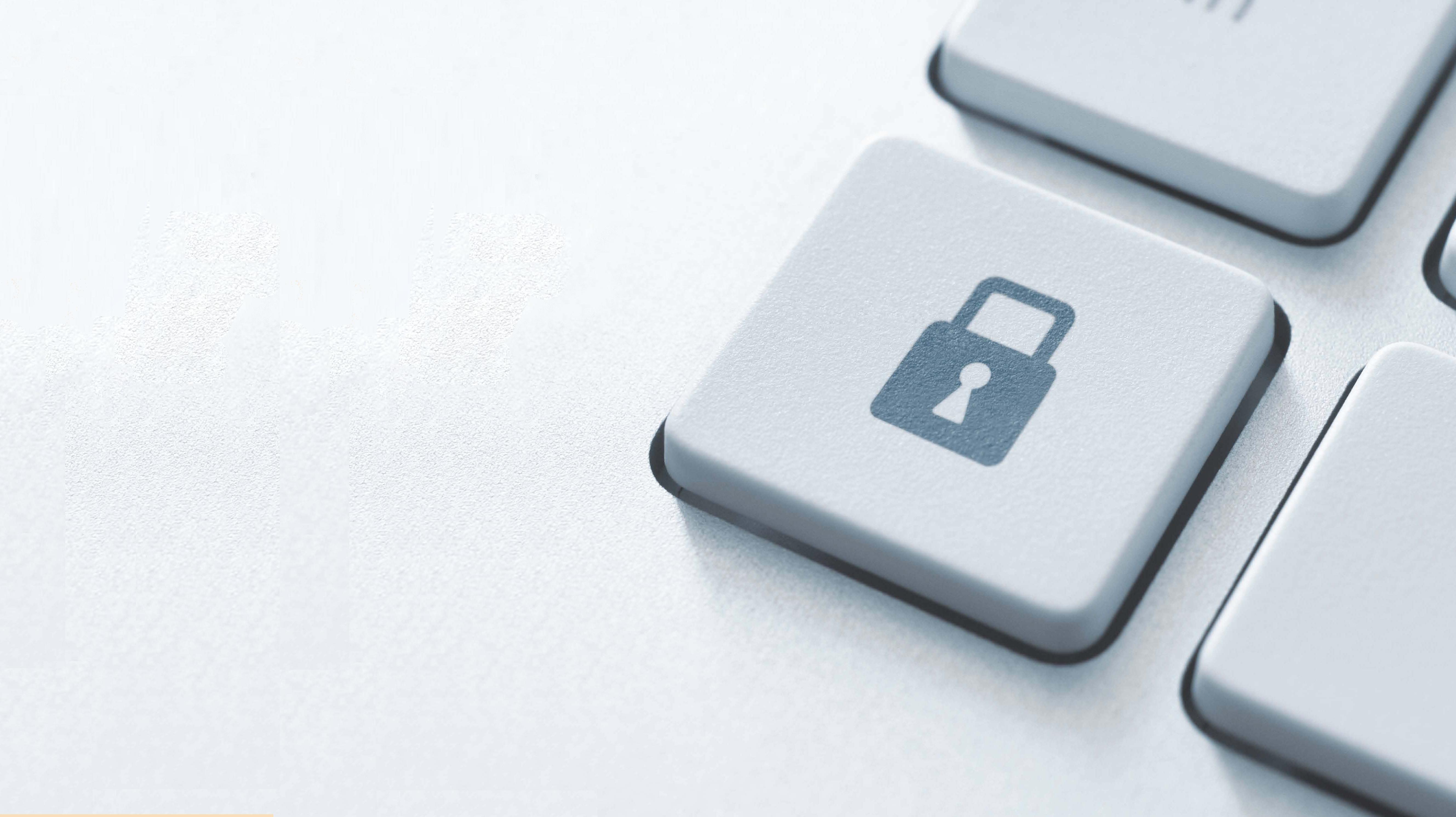 tecla de un candado simulando la protección de datos en un teclado
