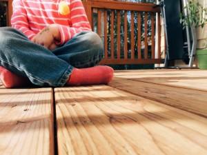Un niño jugando, los menores son los más vulnerables respeto a la protección de datos