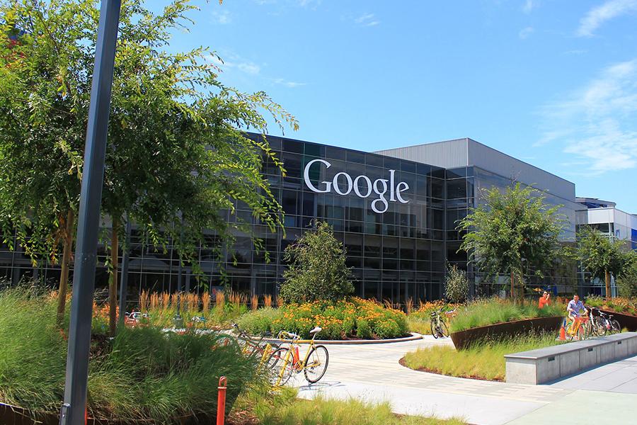 Quién almacena más datos, ¿Google o Apple?