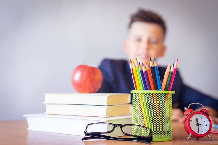 Denuncian y multan a un colegio sueco por controlar la asistencia con reconocimiento facial